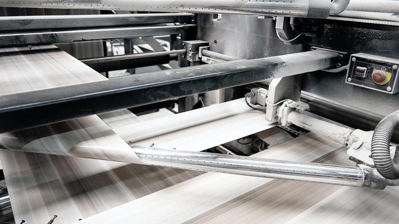 speed of Offset print press at work